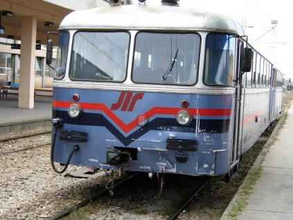 Nis Train